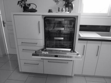 Détails du meuble vaisselle sur-mesure, confort d'accès